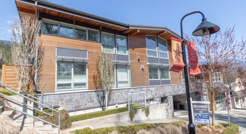 #102 - 2200 Caledonia Avenue, Deep Cove, North Vancouver