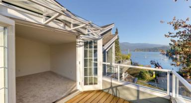 305 - 4390 Gallant Avenue, Deep Cove, North Vancouver